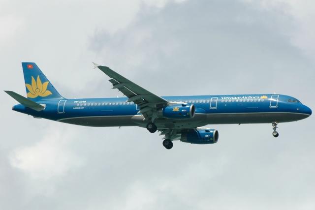 VN-A349_A321_20100626.jpg
